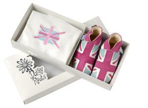 Set cadou cu papucei din piele si tricou Pink  Union JACK