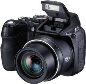 Fujifilm finepix s 2000
