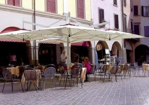 Umbrele terase