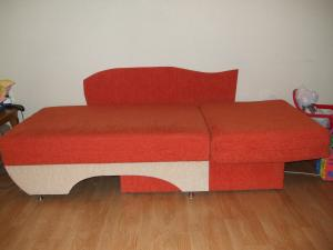 Canapea extensibila 1 persoana mese si scaune de bucatarie for Canapele extensibile de o persoana
