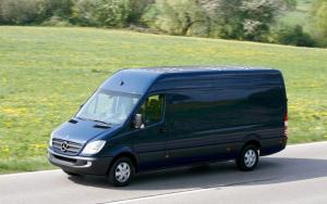 Transport marfa pentru firme si pentru persoane fizice