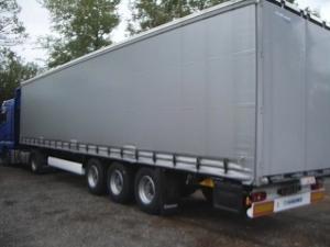 Transport utilaje agricole pe trailer