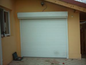 Porti de garaj tip rulou