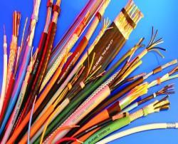 Cablu a