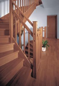 Scari interioare lemn vanguri