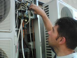 Reparatii aer conditionat samsung