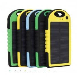 Baterie externa solara 5000 mAh - Rezistenta la socuri si apa P8000