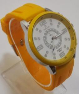 Ceas quartz fashion cu bratara din silicon MODEL 065