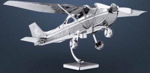 Avionul Cessna 172
