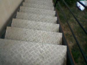 Trepte pentru scari exterioare