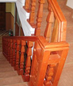 Balustrada din lemn de interior