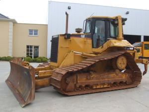 Buldozer caterpillar d6m