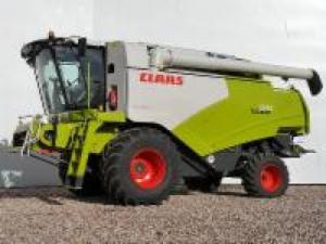 Utilaje agricole combine claas