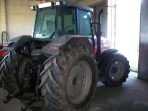Tractor massey ferguson 8150