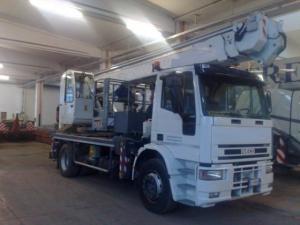 Camion cu nacela Iveco ML 180E28N