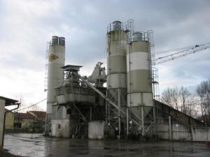 Utilaje si instalatii industriale de vanzare statii de sortare, concasare, asfalt, betoane si reciclare