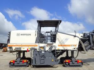 Freza asfalt WIRTGEN W 210