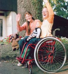 Scaun cu rotile pentru handicapati