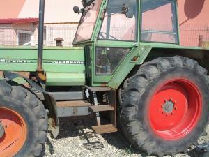 Dezmembrez Tractor Fendt 615LS