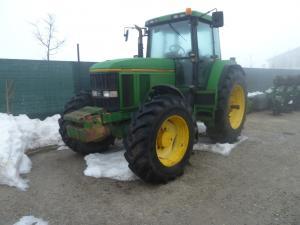 Vand Tractor John Deere 7700