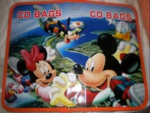 Port CD mare Mickey, Minnie, Goofy si Donald