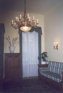 Ungarn ~ Budapest >> ***Kefecz Apartments*** >> Ferenc Kelemen