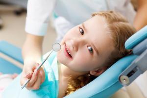 Sigilare, periaj si fluorizare pentru copilul tau