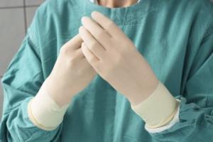 Manusi chirurgicale sterile