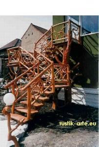 Mobilier din lemn pentru gradina