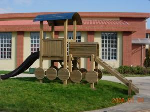 Parcuri de joaca din lemn