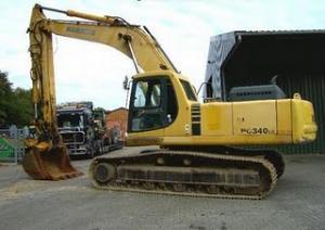 EXCAVATOR PE SENILE Komatsu PC340LC-7 35 tone din 1998 38000 Euro de vanzare excavatoare senile second hand