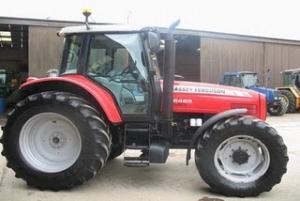 Tractoare MASSEY FERGUSON 6465 Second Hand de vanzare Tractor 125CP din 2006 34.500 Euro