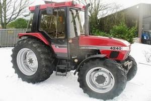 Valve tractor case
