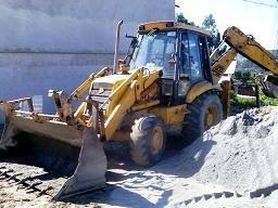 Buldo excavator jcb