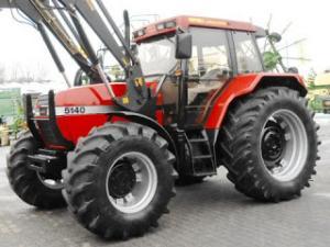 Tractor case cu incarcator frontal