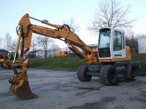 EXCAVATOARE SECOND HAND VANZARI Excavator Liebherr A 308 10 tone de vanzare escavatoare ieftine s h