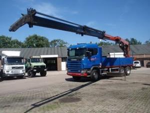 Camion diesel 6x4 cu macara