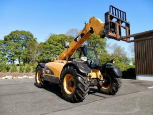 Incarcator telescopic Agricultura Caterpillar TH220 SECOND