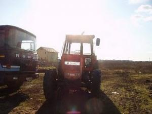 Tractor nou romanesc