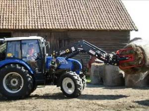 Tractor cu incarcator frontal 80cp