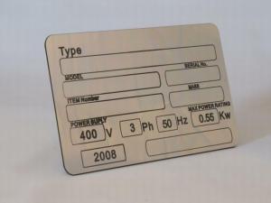 Placute metalice inscriptionate