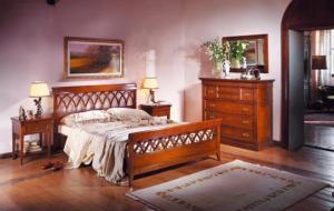 Mobilier dormitoare din lemn masiv