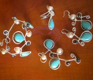 Set turcoaz si perle