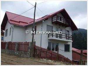 Vila cu 6 camere de Vanzare in Busteni (Zamora), 240.000 €
