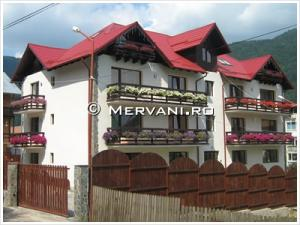 Vila cu 22 camere de Vanzare in Sinaia (Central), 1.900.000 €