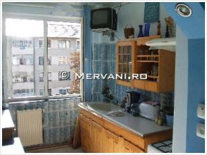 Apartament cu 2 camere de Vanzare in Campina (Semicentrala), 45.000 €