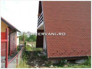 Casa cu 2 camere de Vanzare in Banesti (Semicentrala), 45.000 €