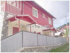 Apartament in Casa/Vila cu 3 camere de Vanzare in Azuga (Satu Nou), 96.000 €