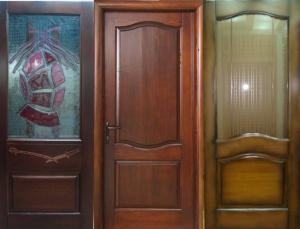 Usi de lemn pentru interior