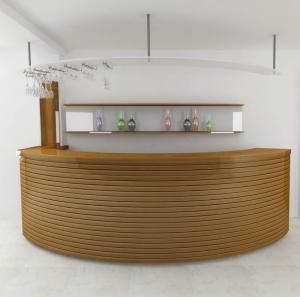 Bar din lemn masiv